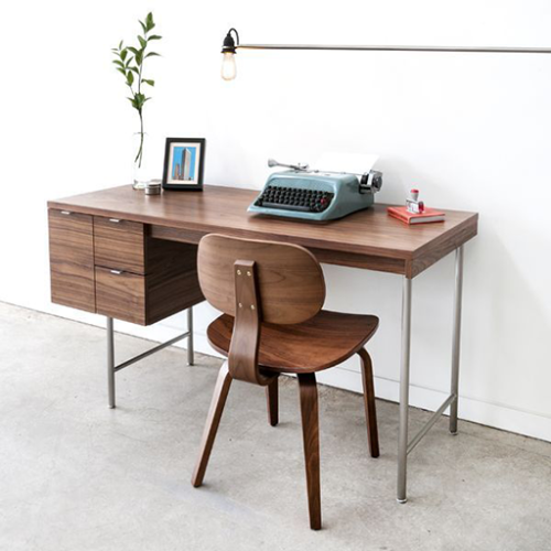 conrad_desk_walnut_web