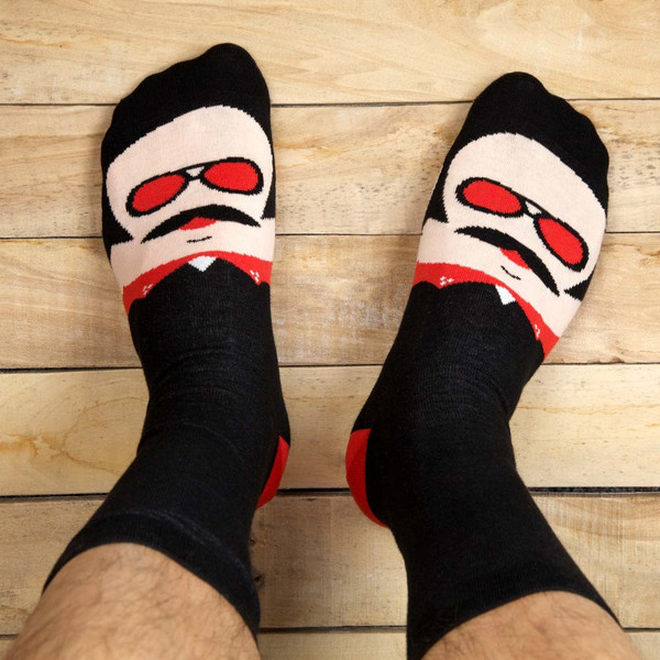 Funny-Gift-Idea-Danny-Socks_grande