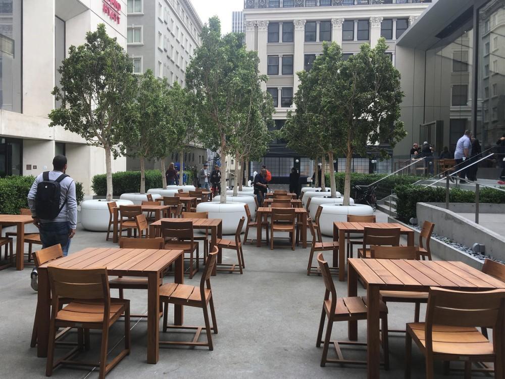 union-square-apple-store-plaza