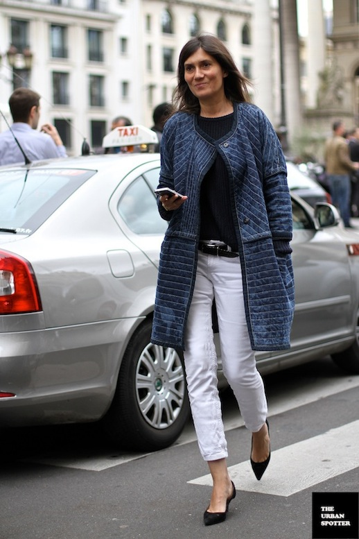 le-fashion-blog-11-ways-to-wear-kitten-heels-emmanuelle-alt-street-style-denim-jacket-via-the-urban-spotter-8